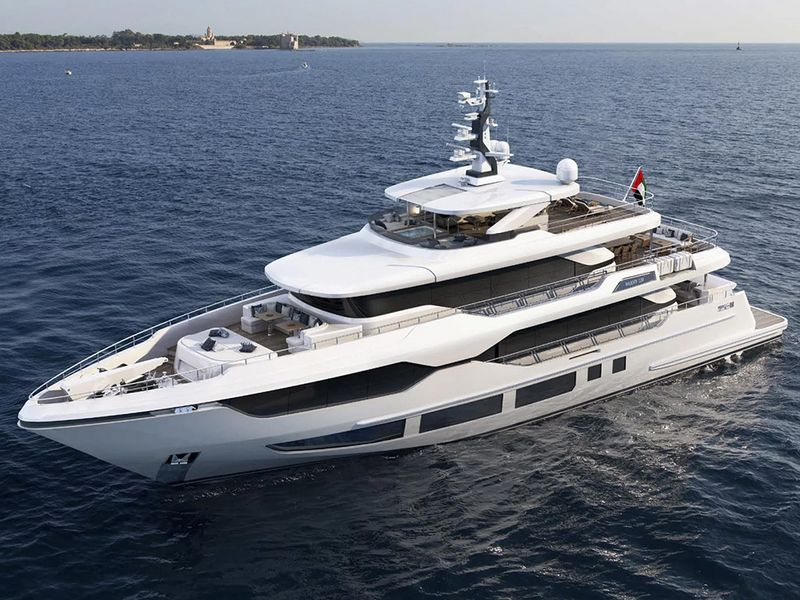 Drettmann Yachts - Majesty 120 successfully launched