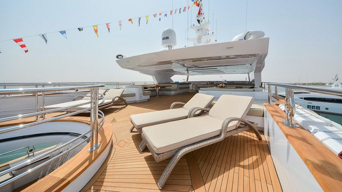 Majesty Yachts - Drettmann Yachts