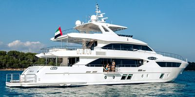 Drettmann Yachts - Drettmann sells Majesty 110 at very competitive rate