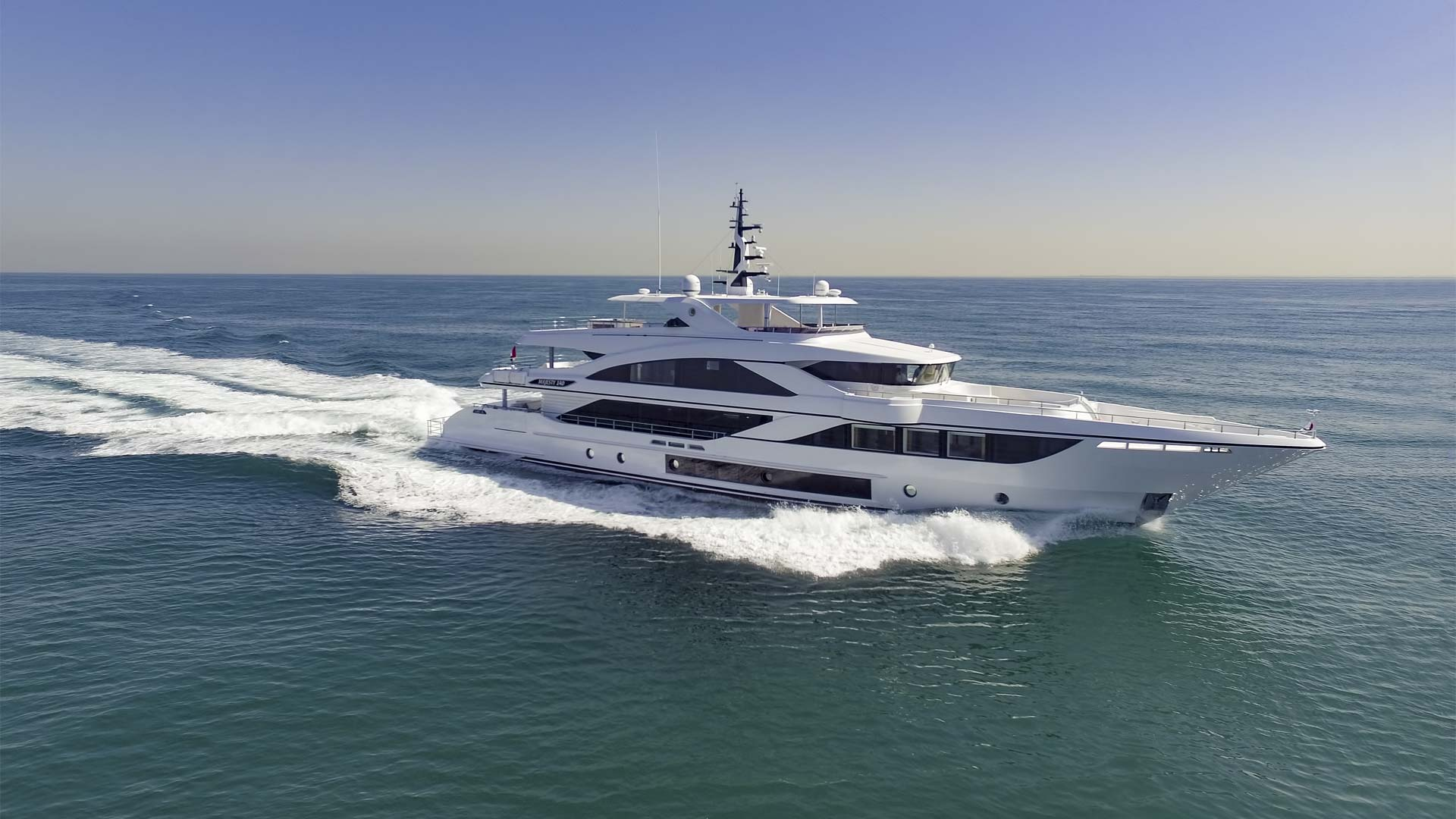 Majesty 140 - Majesty Superyachts by - Drettmann Yachts