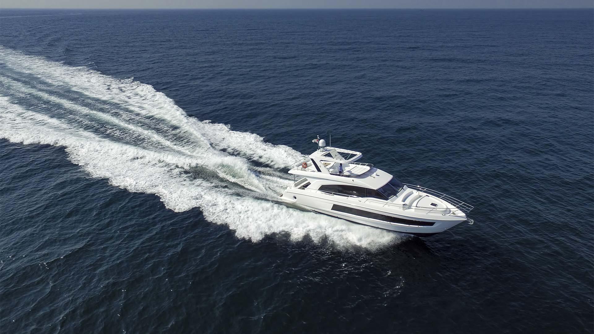 Majesty 62 - Majesty Yachts by - Drettmann Yachts